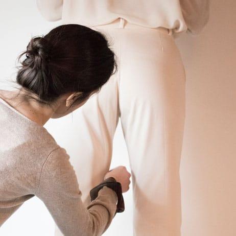 Pantalon sur-mesure - Prise de mesure sur Rendez-vous à Lille, Paris et Lyon
