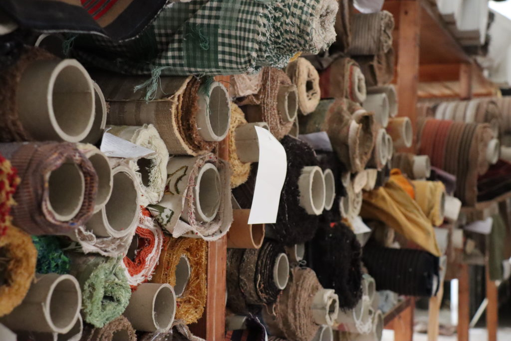 Oubliés des ateliers - rouleaux de tissus