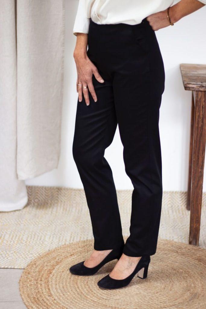 Charmant pantalon cigarette noir en coton biologique - Pantalon femme made in France