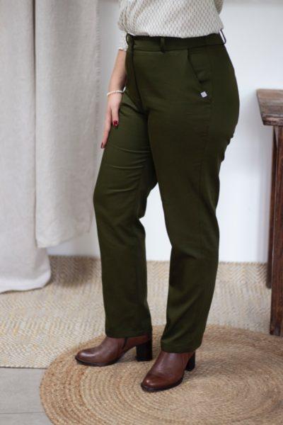 Pantalon droit en coton biologique vert olive - Authentique pantalon femme - Collection Les Basiques2