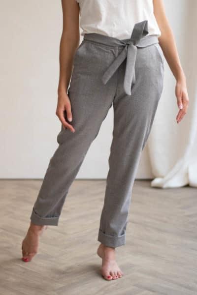 Pantalon business en laine upcyclée - Pantalon à noeud fluide made in france - C.Bergamia 1